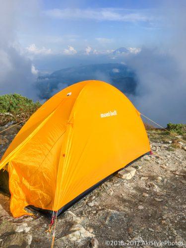 北岳山荘のテント場から富士山