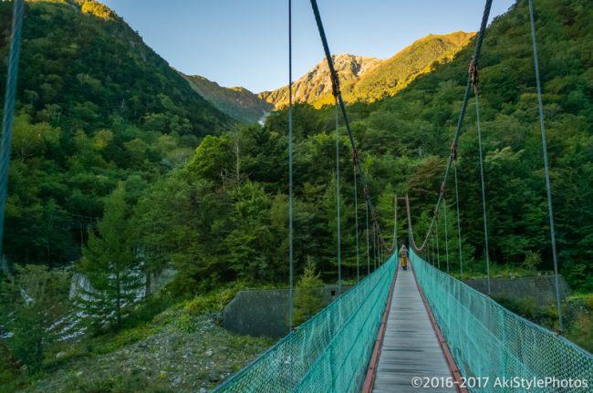 広河原の吊橋から北岳山頂