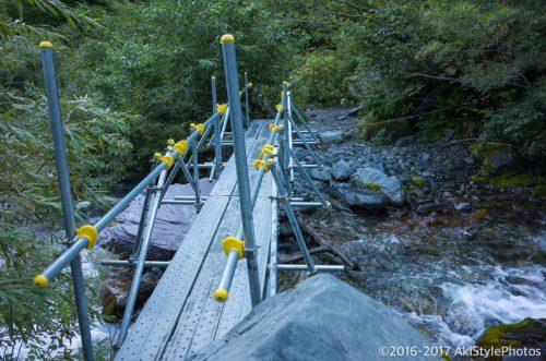 北岳の大樺沢ルートの橋