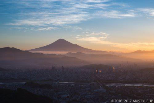 朝鮮岩から見た静岡市の朝