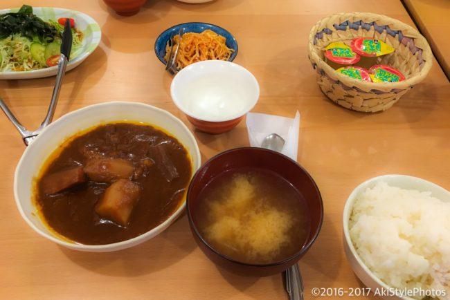 薬師岳小屋の夕食