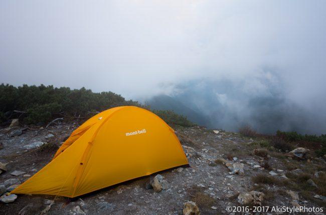北岳山荘でテント泊