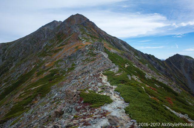 北岳山荘から北岳の頂へ