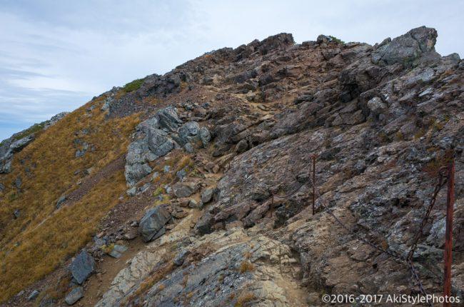 北岳への登山道