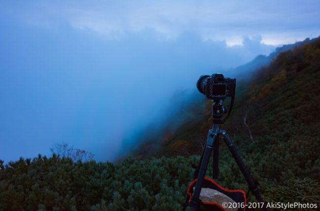 観音岳から見る薬師岳と富士山