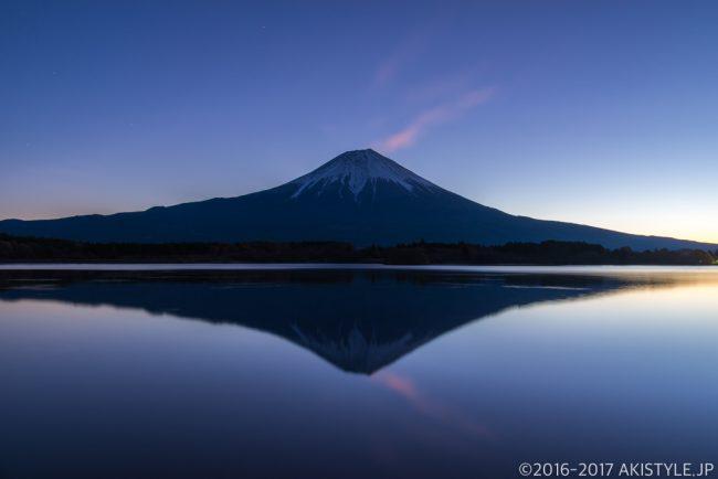 田貫湖で朝焼けと逆さ富士