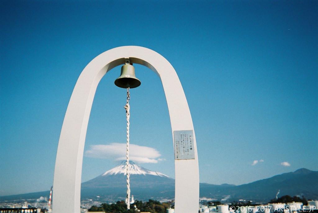 「写ルンです」で撮影した富士山と田子の浦
