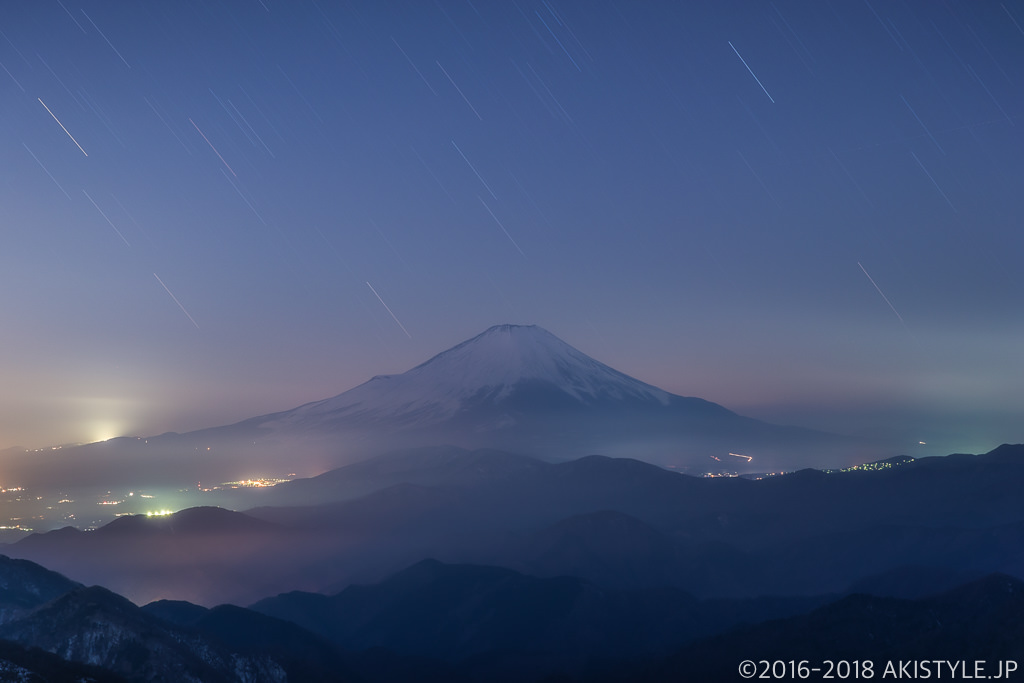 塔ノ岳からの富士山と星