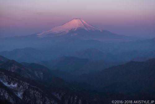塔ノ岳から見た紅富士