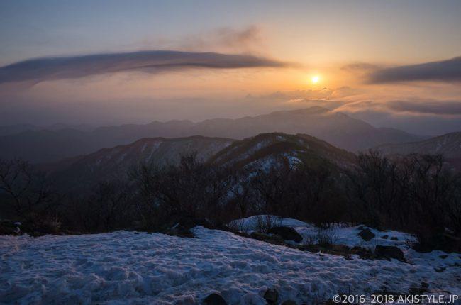 塔ノ岳から見た日の出