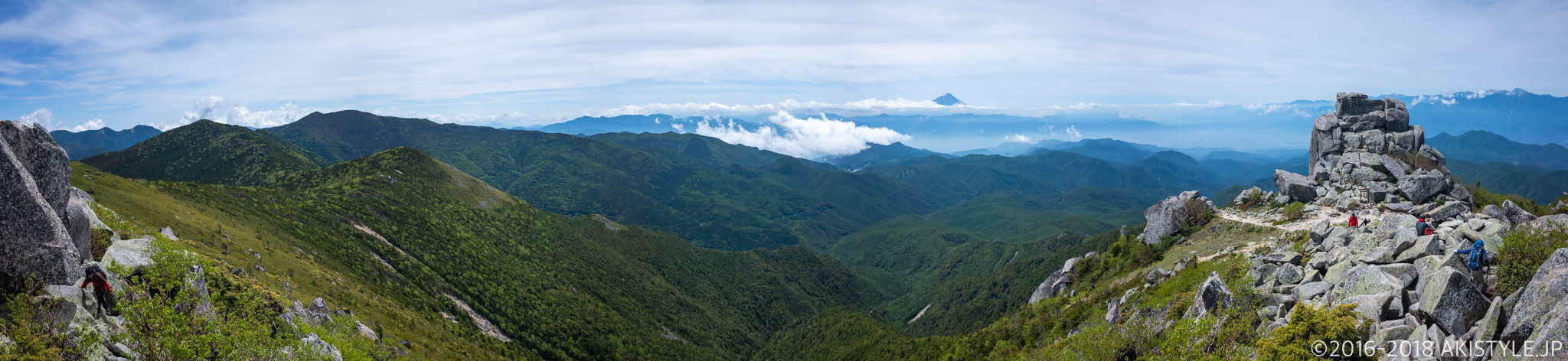 金峰山の山頂から見る景色
