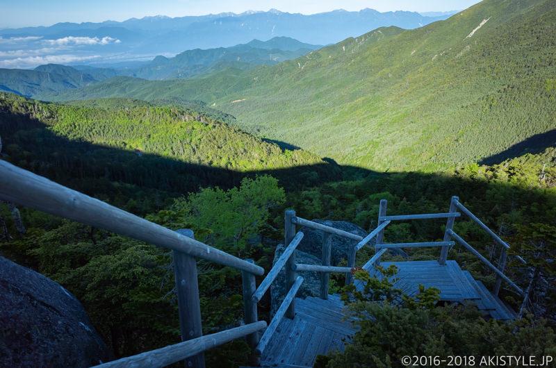 国師ヶ岳の夢の庭園