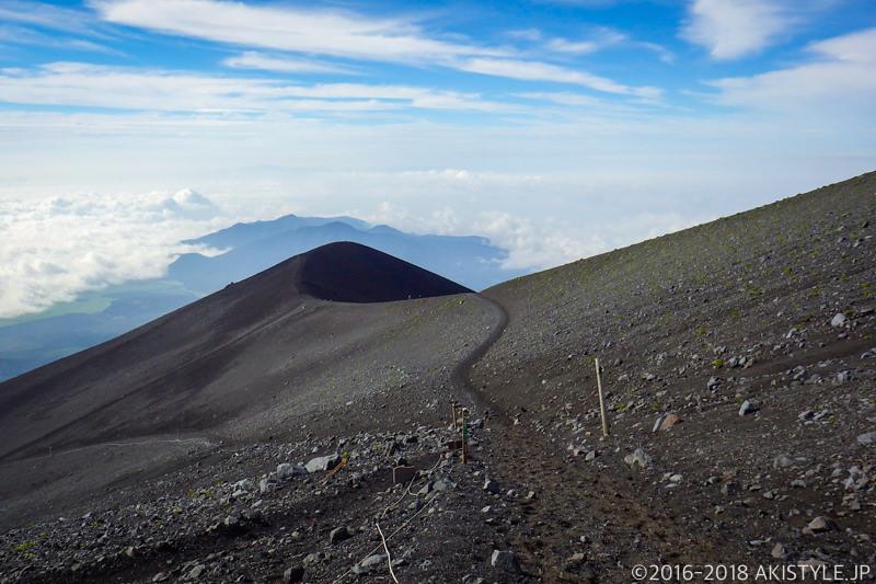 富士登山宝永山ルート