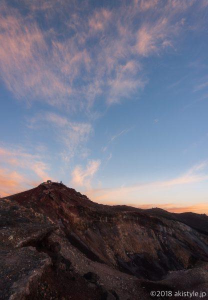 富士山頂から見る朝焼け