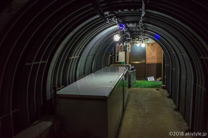 赤岳天望荘の地下トンネル