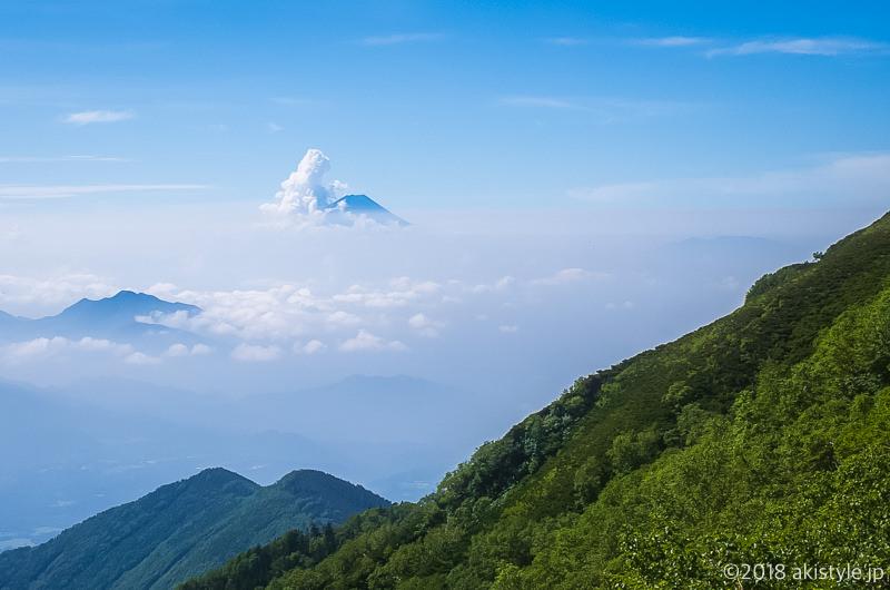 横岳から見る富士山