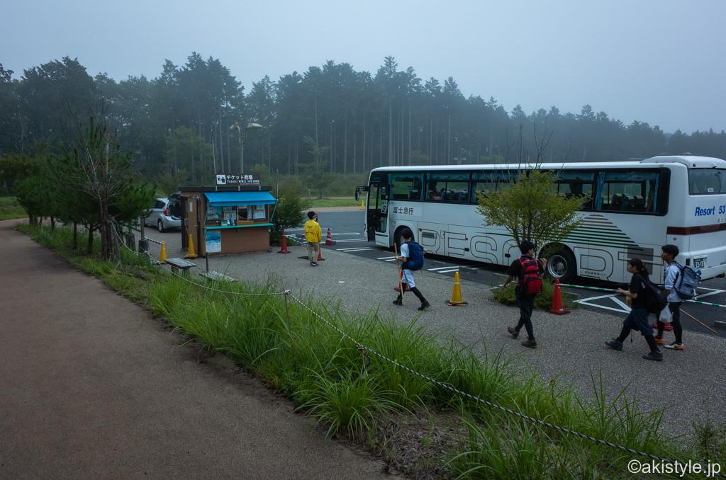 須走多目的広場のシャトルバス