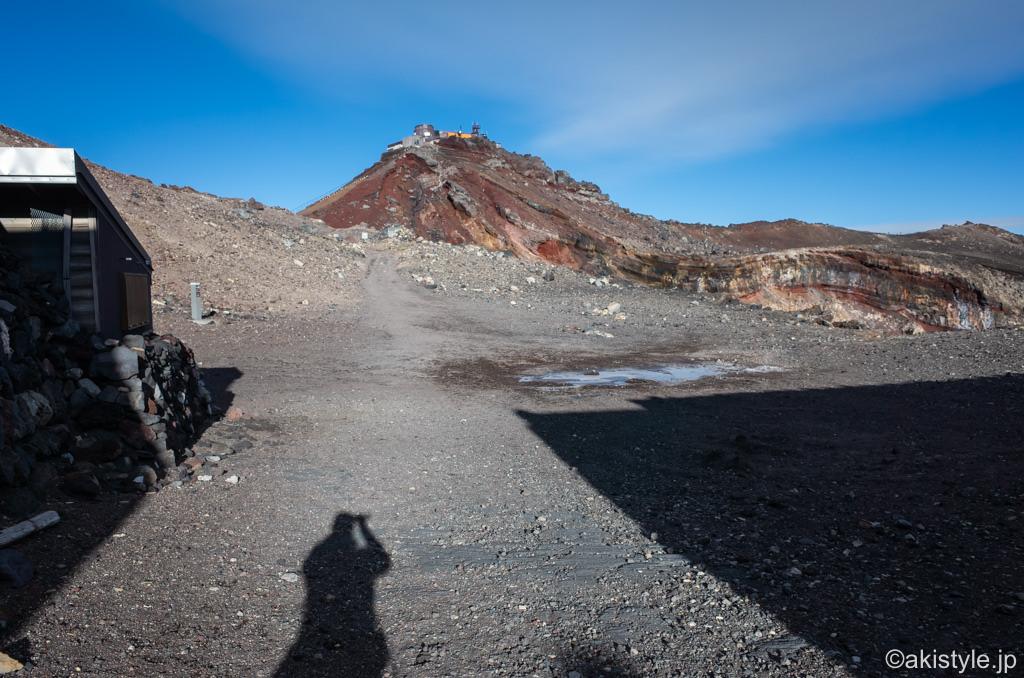 シーズンオフに富士登山