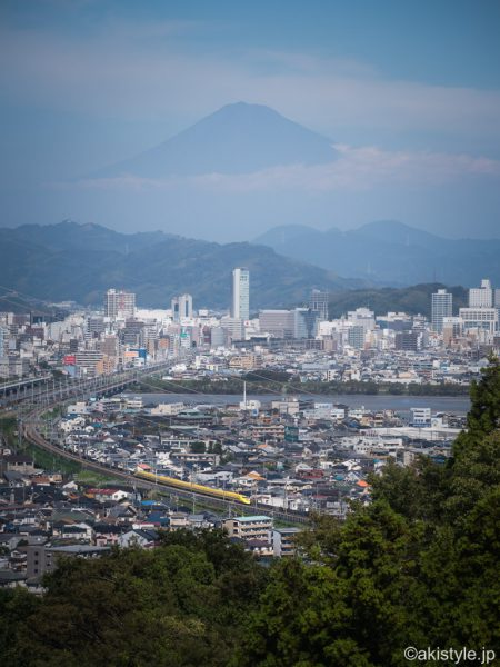 静岡市から富士山とドクターイエロー