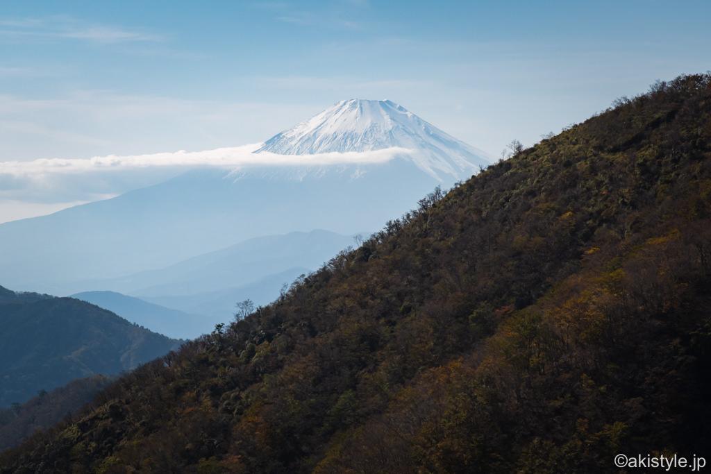 花立山荘から見る冠雪した富士山