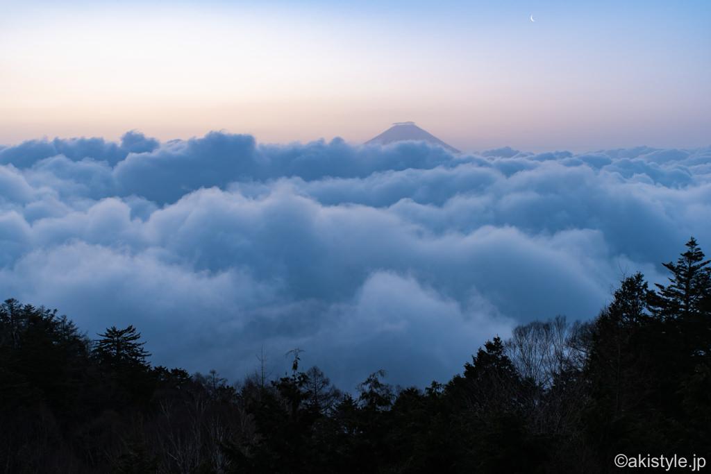 七面山から見る大雲海と富士山