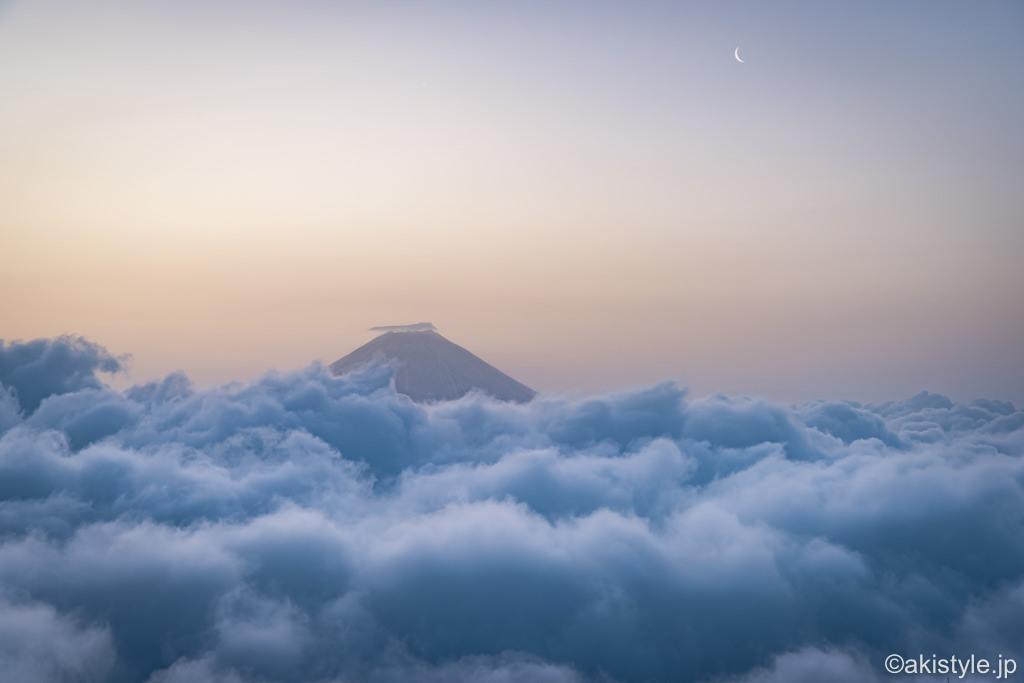 七面山からの大雲海と富士山
