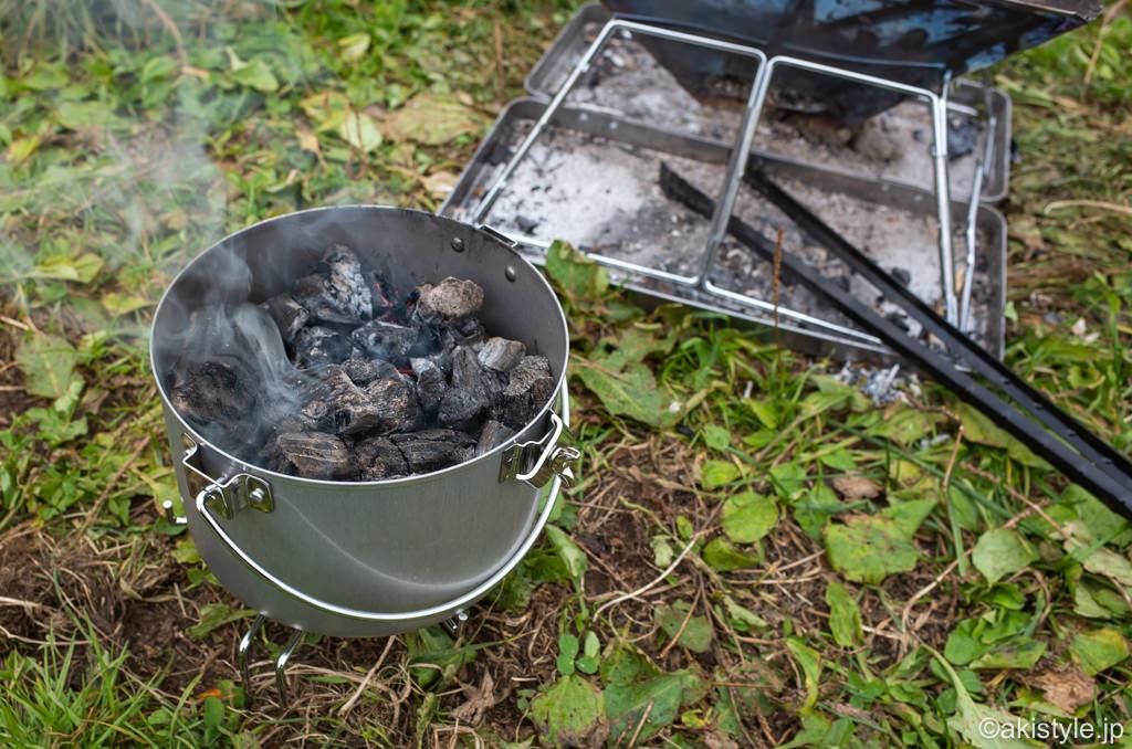 焚き火台と火消し壺