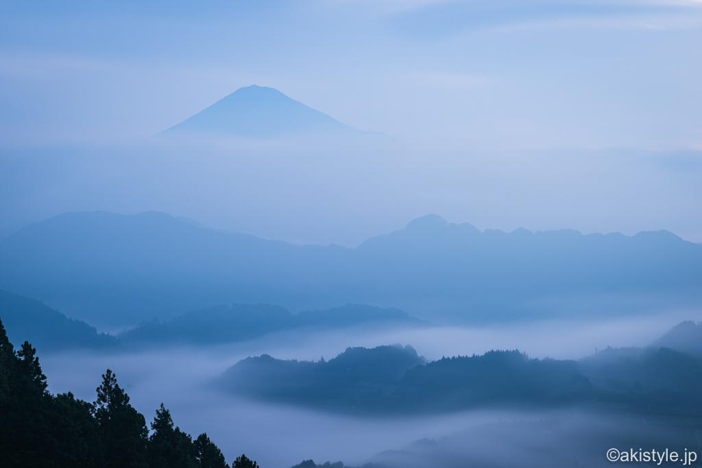 清水吉原の雲海と富士山