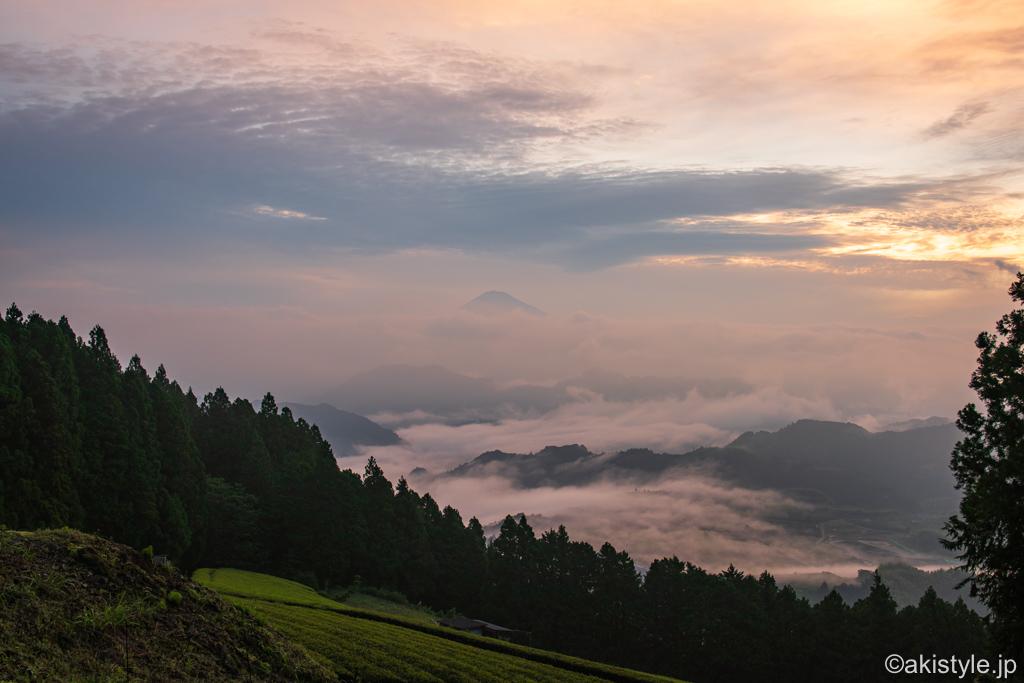 清水吉原の富士山と雲海