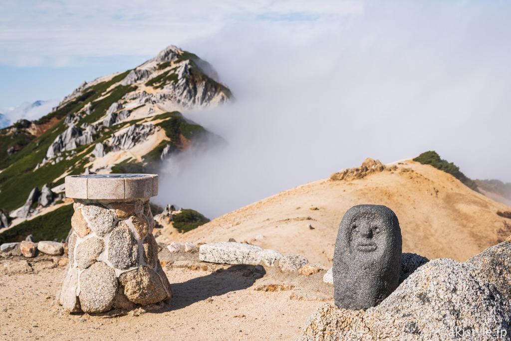 燕岳と人面岩