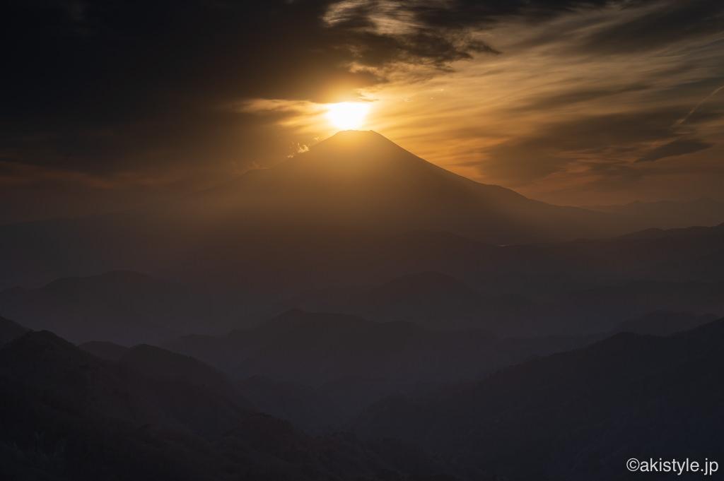 塔ノ岳からのダイヤモンド富士