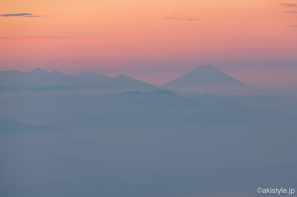 五竜岳からの遠景富士山