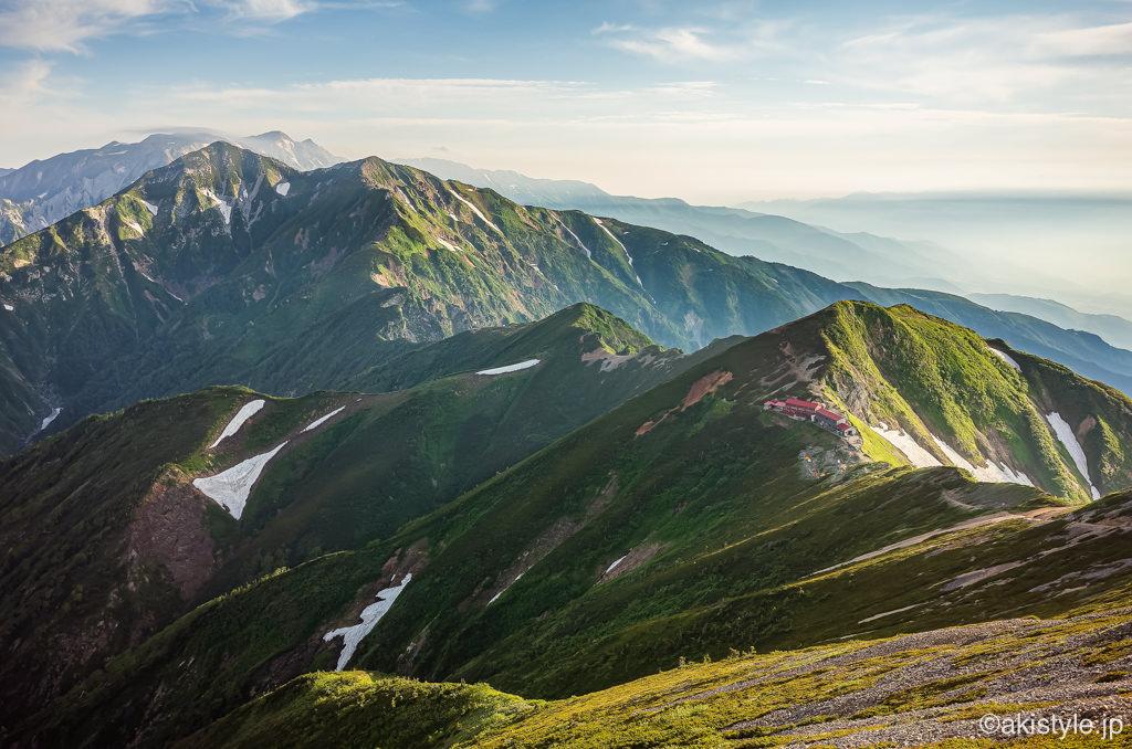 五竜岳から見た唐松岳