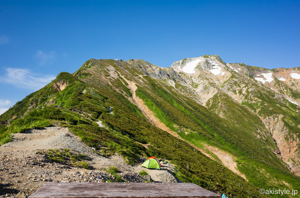 五竜山荘から見た五竜岳